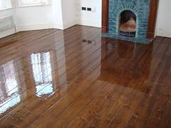 Tvrdé opravné vosky na podlahy